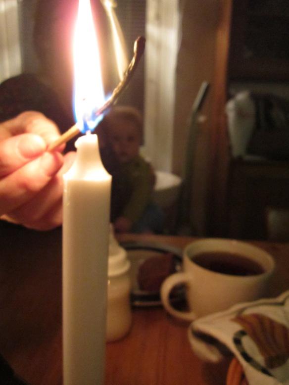 Andra ljuset tänt
