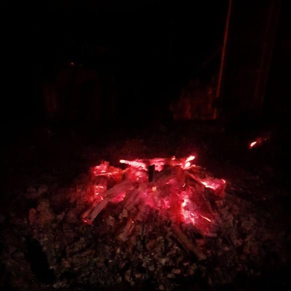 Falnad eld på gunnes gård